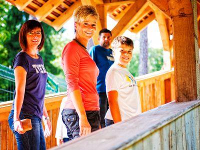 Familie Will im Wildpark Hundshaupten