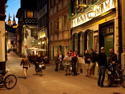 Reges treiben in der Sandstraße in Bamberg